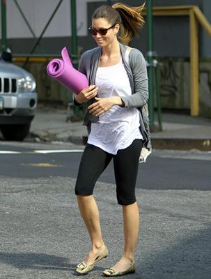 Celebrity Exercises Jessica Biel