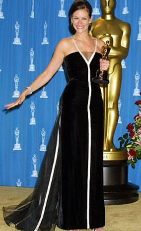 julia roberts oscar dress. Julia Roberts, actress